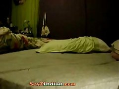 821712 indian babe with smooth pussy showing (new)
